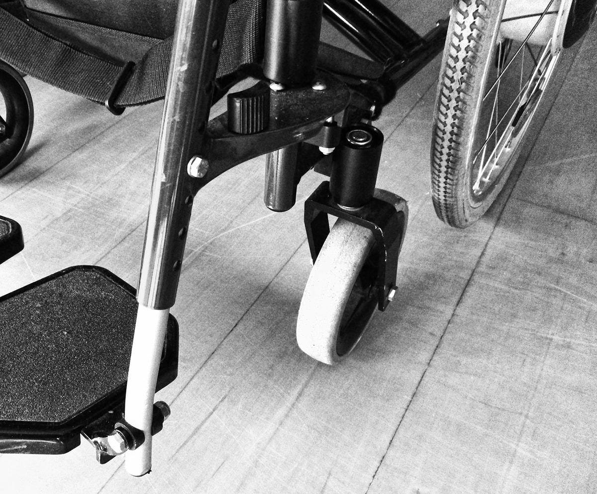 Passi carrai: la disabile attende ancora una risposta