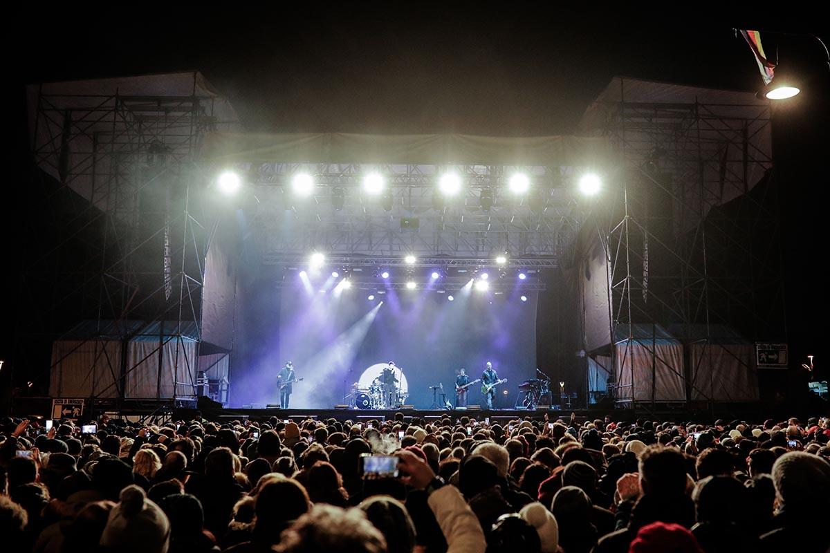 """Concerto di Capodanno in piazzale Fellini sempre più """"caro"""": 238mila euro"""