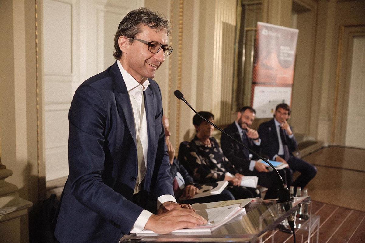Andrea Gnassi punta alla Fiera ma a Bologna non sono d'accordo