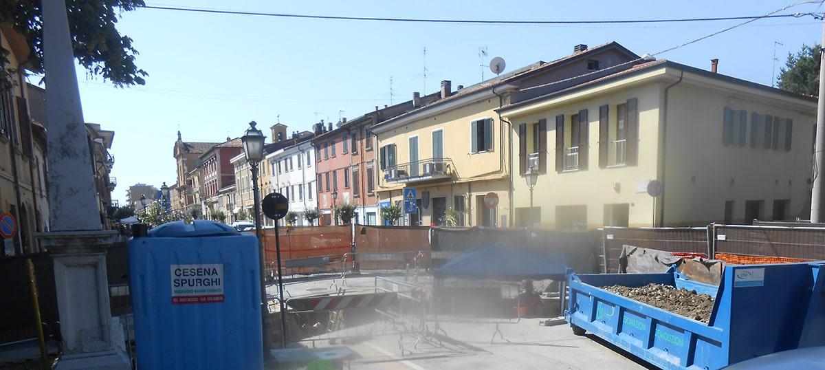 Il ponte davanti all'Arco d'Augusto: gli scavi in corso e i beni culturali di Rimini