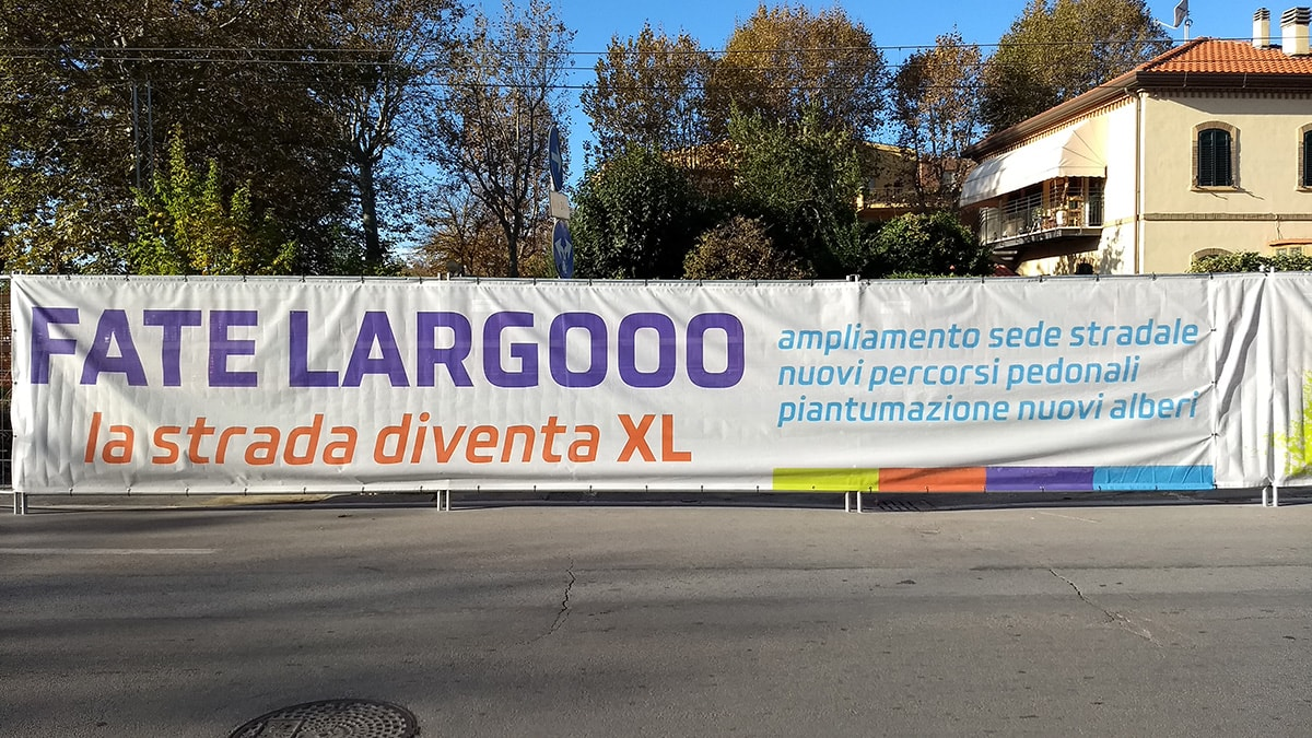 Per l'ampliamento della strada a Viserba abbattuti una settantina di alberi