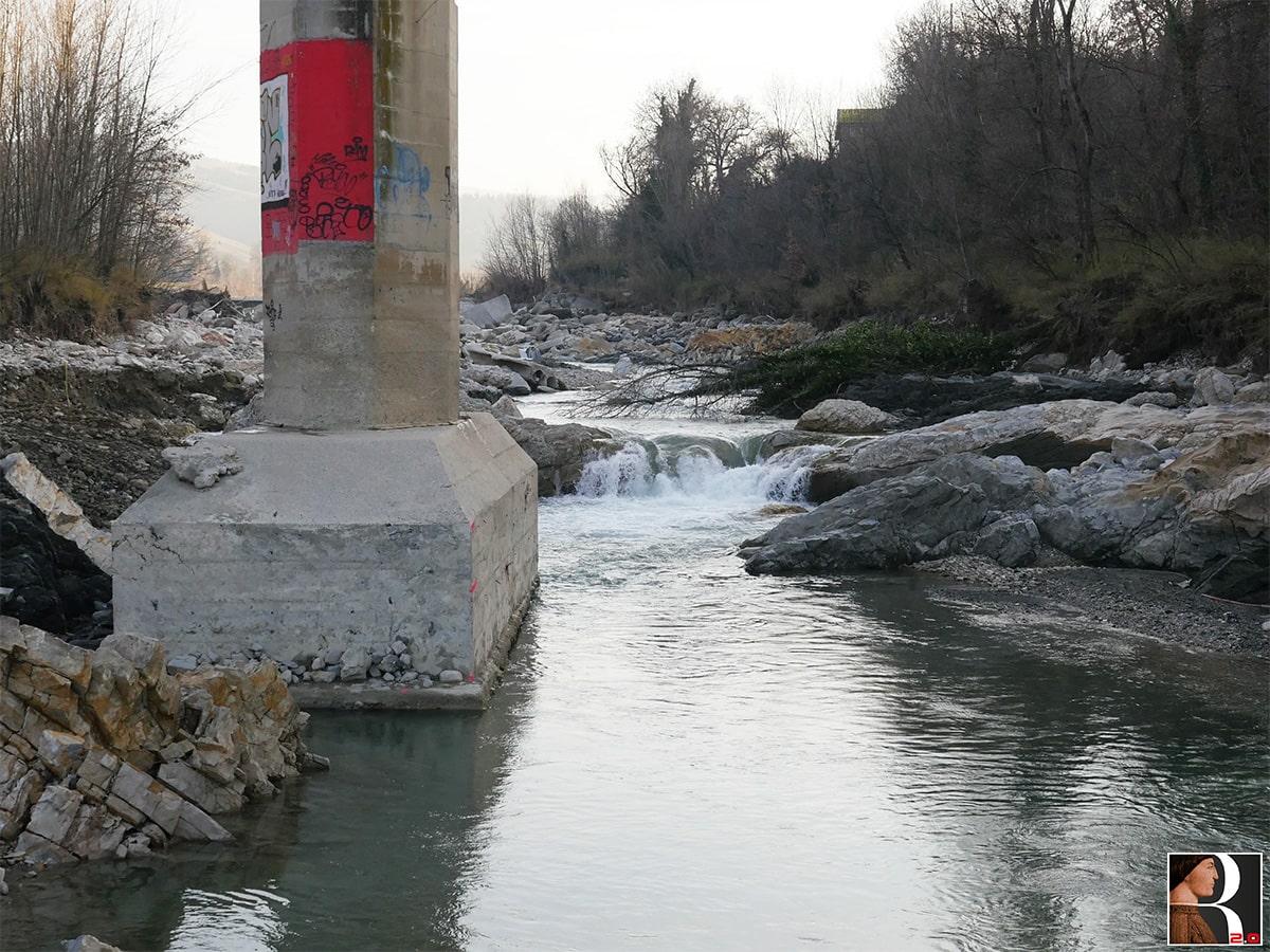 Ecco come si presentano le pile del ponte di Verucchio