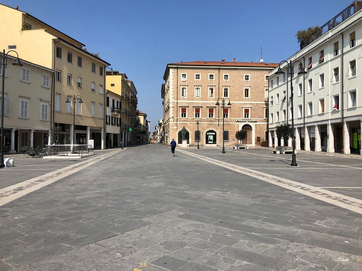 In una Rimini spettrale si contano anche oggi 6 morti