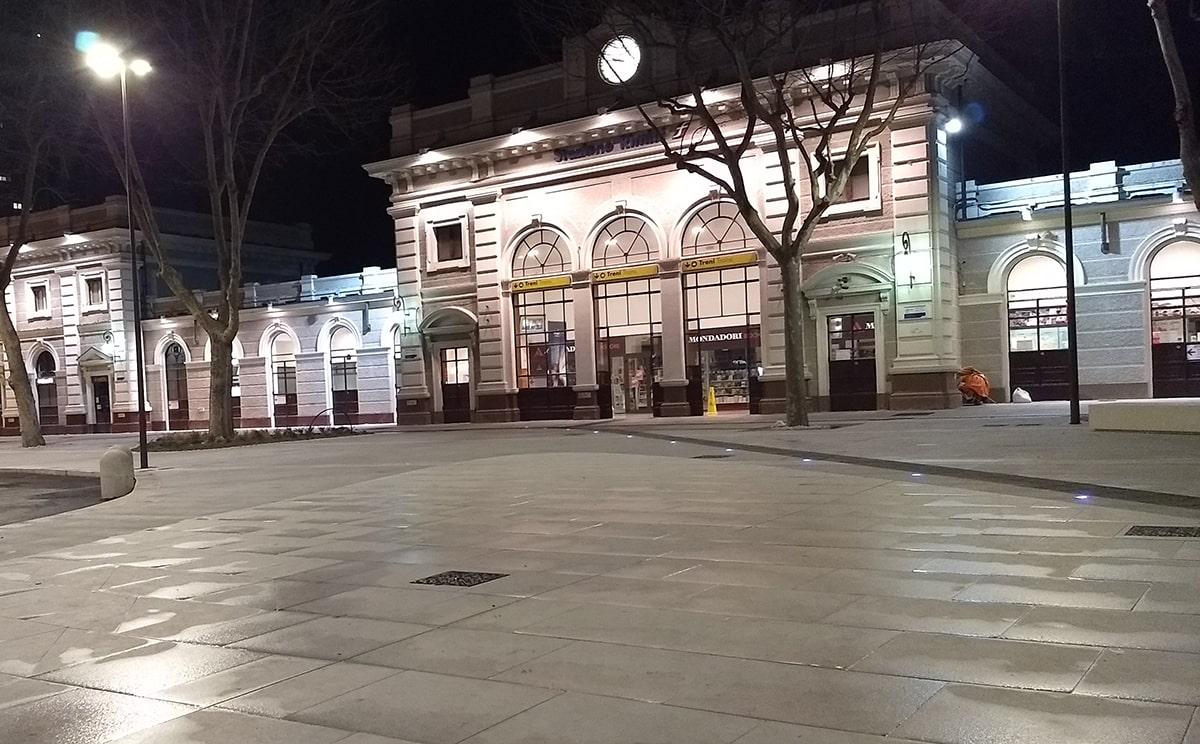 Non basta un arredo per la zona stazione di Rimini