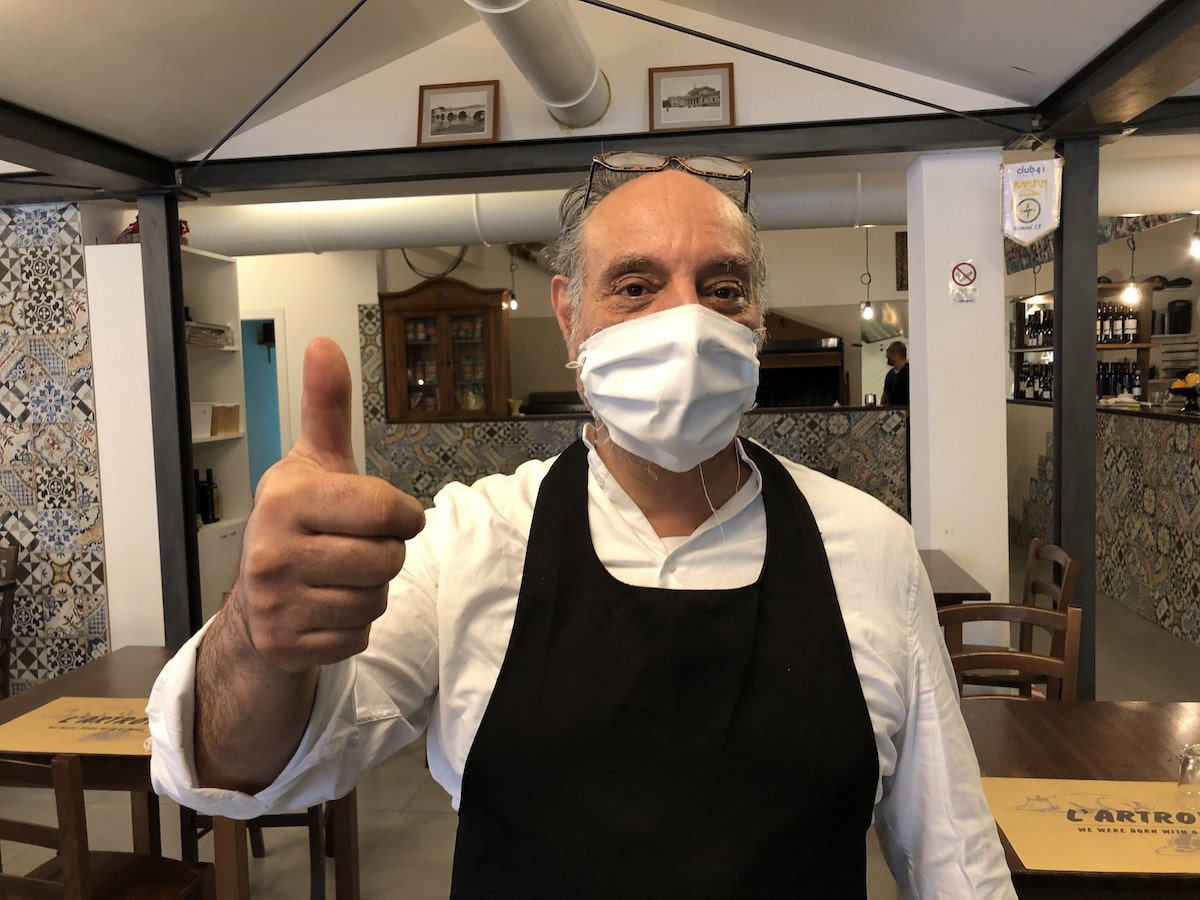 L'Artrov al tempo del coronavirus: bar, trattoria e… inno d'Italia