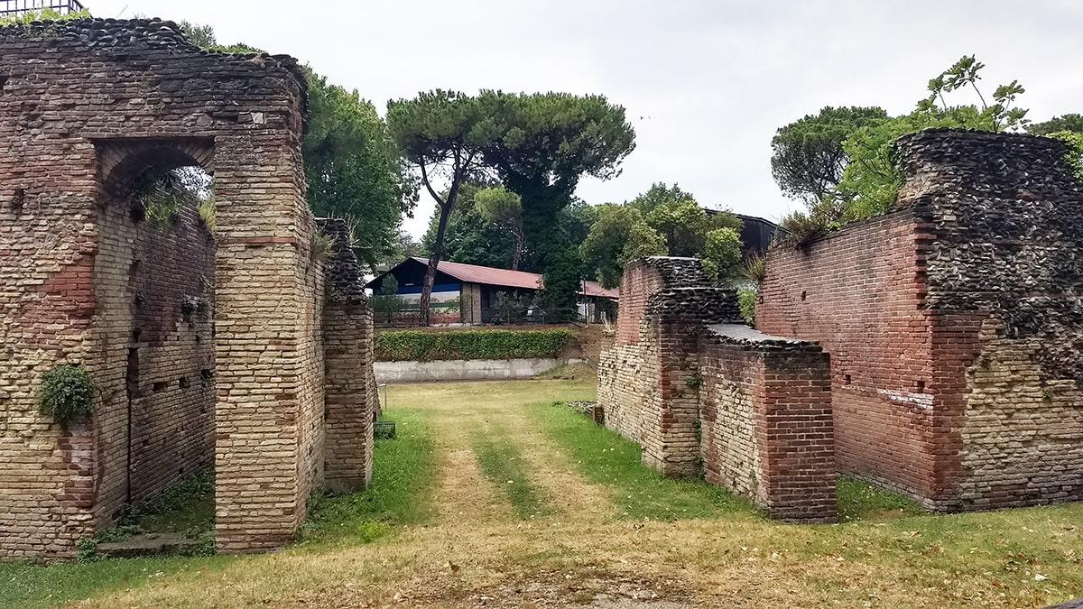 Anfiteatro romano: «entro 60 giorni avviare le pratiche di sgombero del Ceis dall'area vincolata»