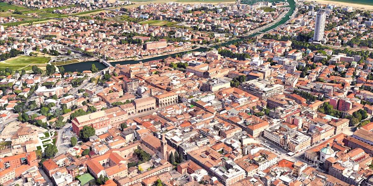 Perché la «splendida» Rimini batte in testa sul turismo?