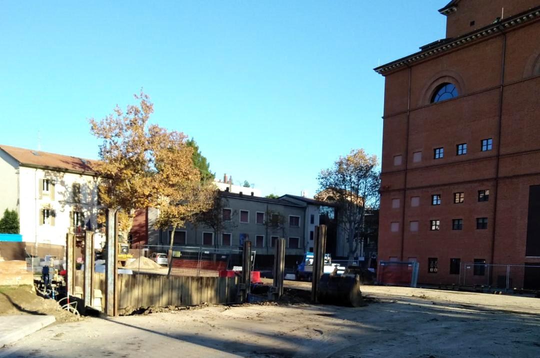 Scavi in piazza Malatesta: il sottosegretario grillino si arrampica sugli specchi