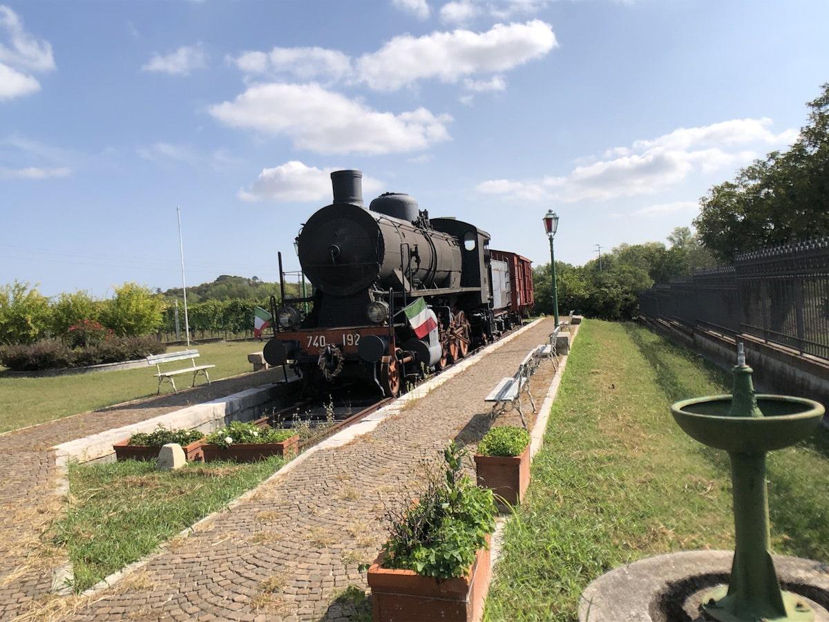 Il treno della speranza parte dalla stazione di Poggio Torriana