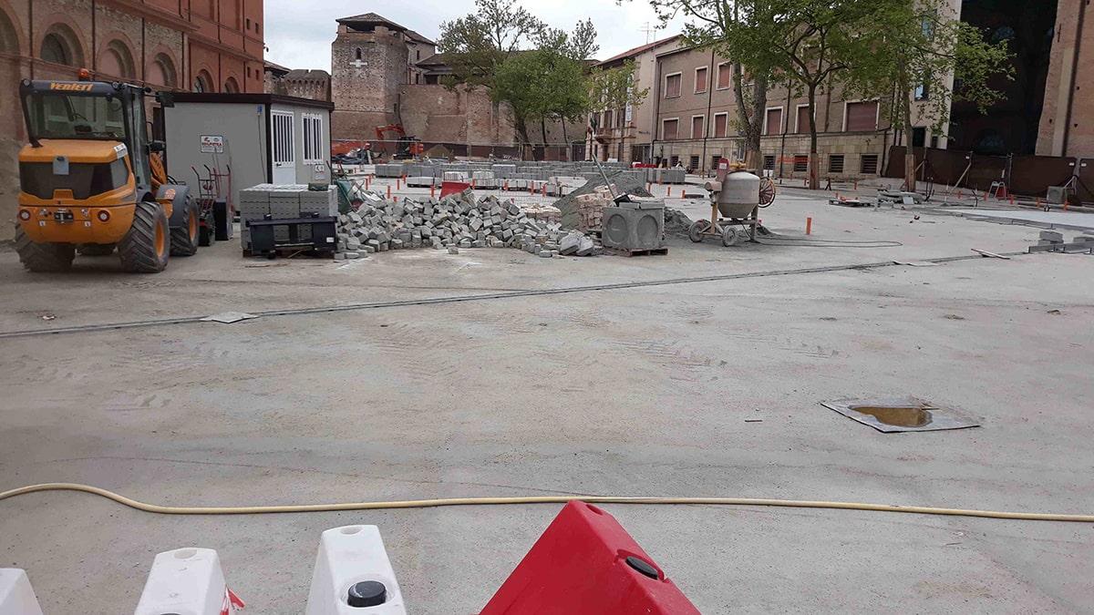 Lettera: il cemento cattivo e il cemento buono, piazza Malatesta e dintorni