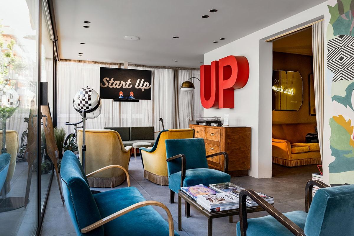 """Up Hotel sgancia un'altra novità: """"Supporter"""", la rivista per i non turisti"""