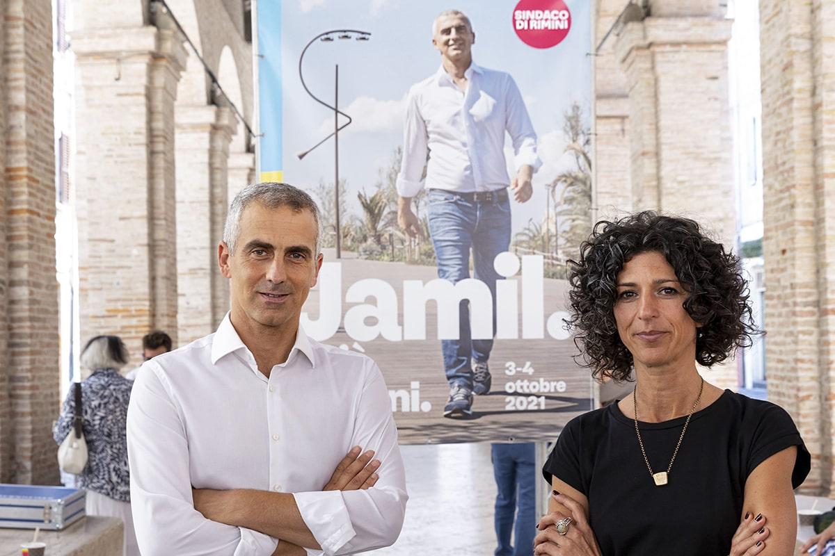 Jamil & Chiara divisi sul museo Fellini? Cercano solo di salvare capra e cavoli